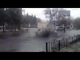 В Донецке снаряд попал в трамвайную остановку: 13 человек погибли, десятки ранены